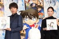 两位日本演员收到青山刚昌亲笔签绘,柯南的表情很亮