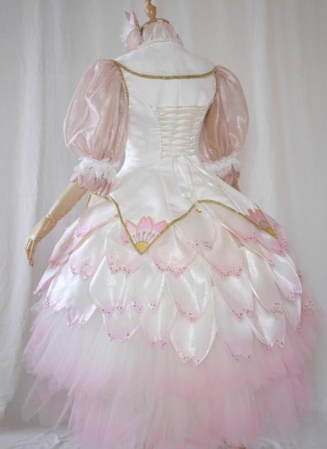 曾神还原《魔卡少女樱》衣服的日本网友,这次又做了几套新的