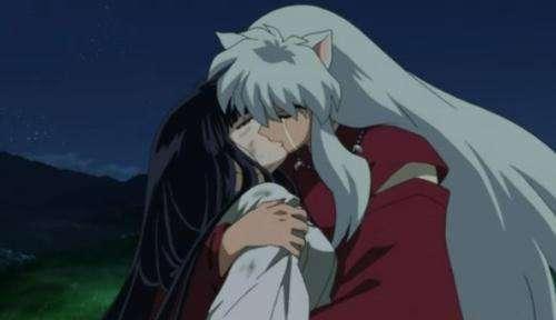 当桔梗被犬夜叉抱在怀里死去的时候,那是她最幸福的瞬间